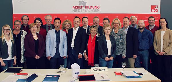 Gruppenfoto: Der Vorstand der SPD im Landkreis Celle