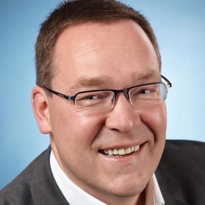 Dirk Oelmann