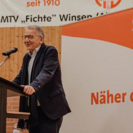 Dirk-Ulrich Mende bei seinem Grußwort